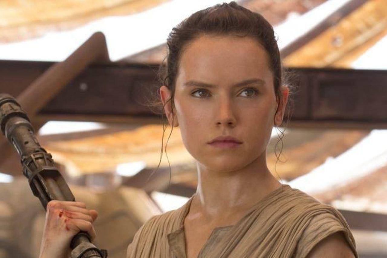 Rey de Star Wars: The Force Awakens