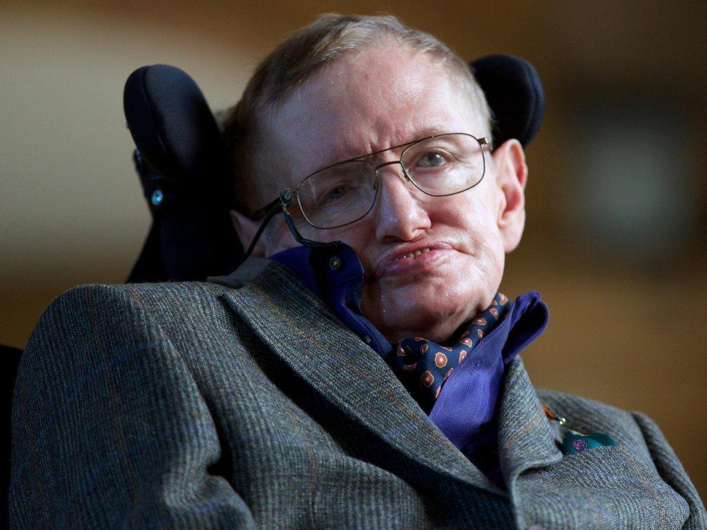 Stephen Hawking esplorerà Alpha Centauri
