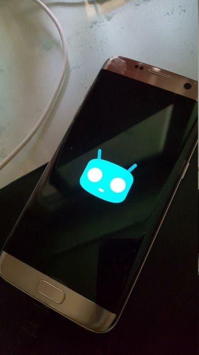 CyanogenMod 13 Samsung Galaxy S7 Edge