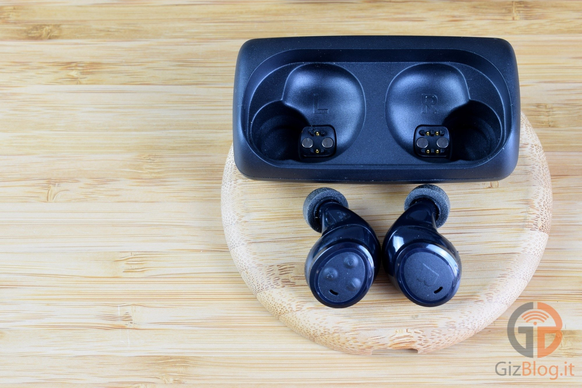 Bragi - The Headphone - Recensione GizBlog - Dock