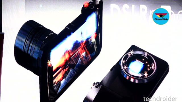 Moto Z2 Force si mostra in un nuovo render con Dual Camera