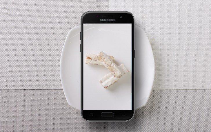 Samsung Galaxy A3 2017 Android 7.0 Nougat