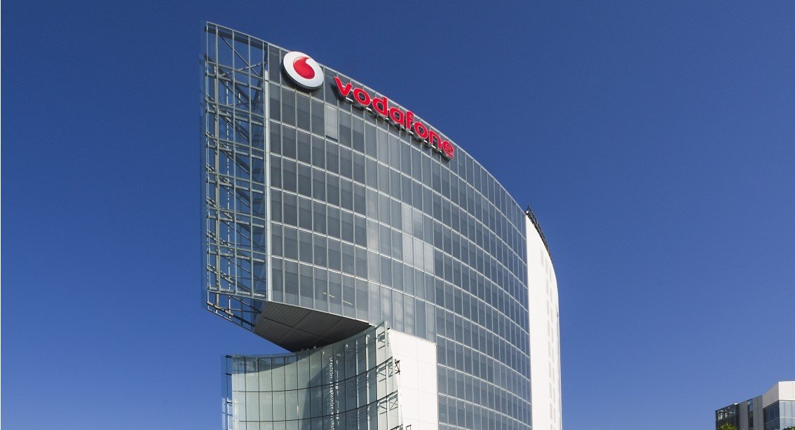 5G - Vodafone Village Fronte