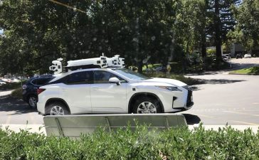 apple autonomous driving doubled fleet