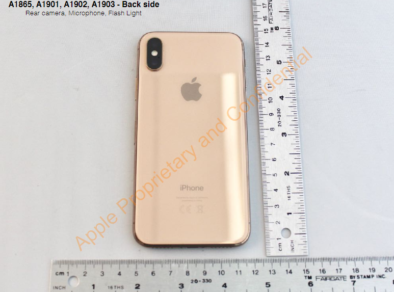 apple iphone X blush gold foto reale