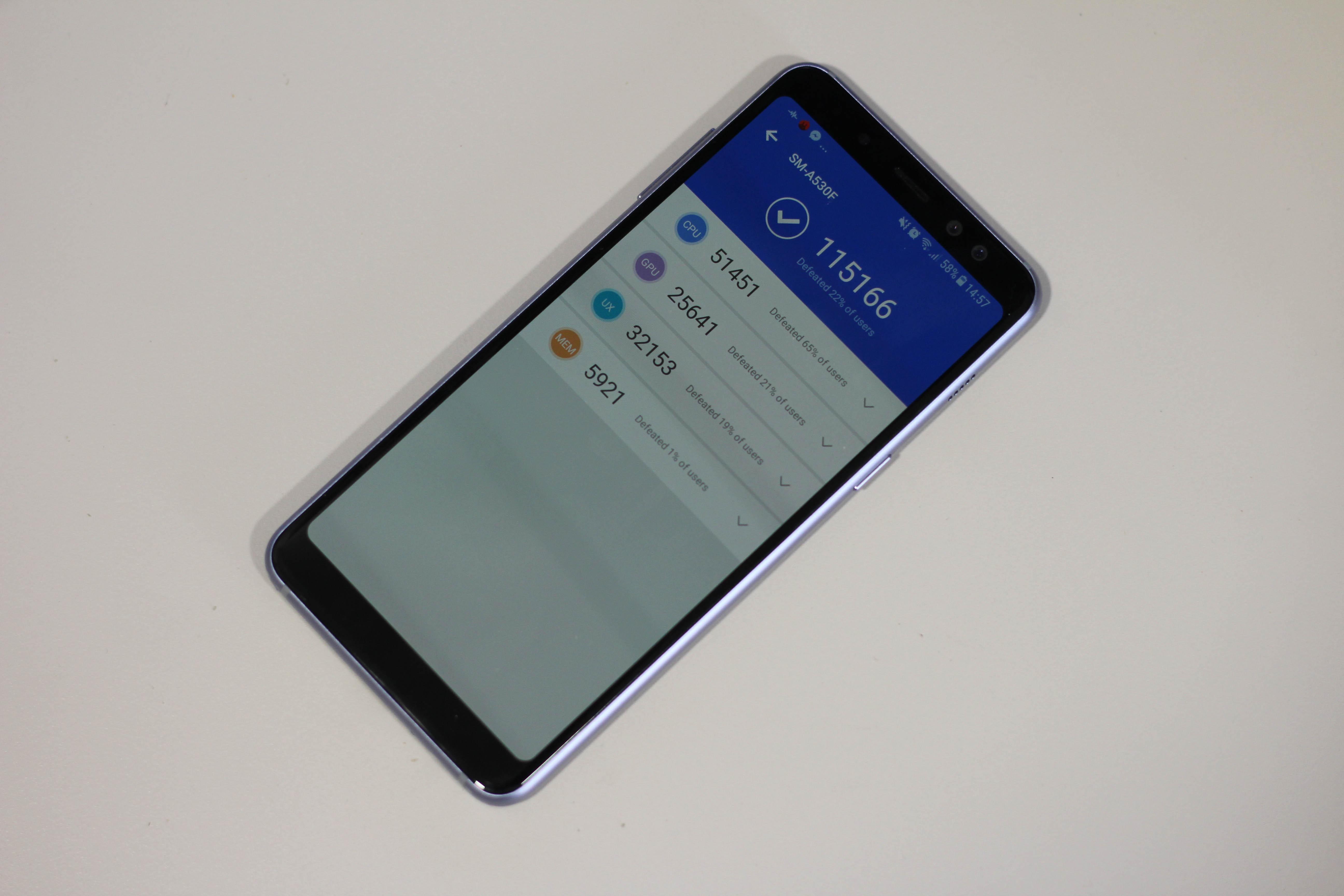 recensione Samsung Galaxy A8 2018 antutu
