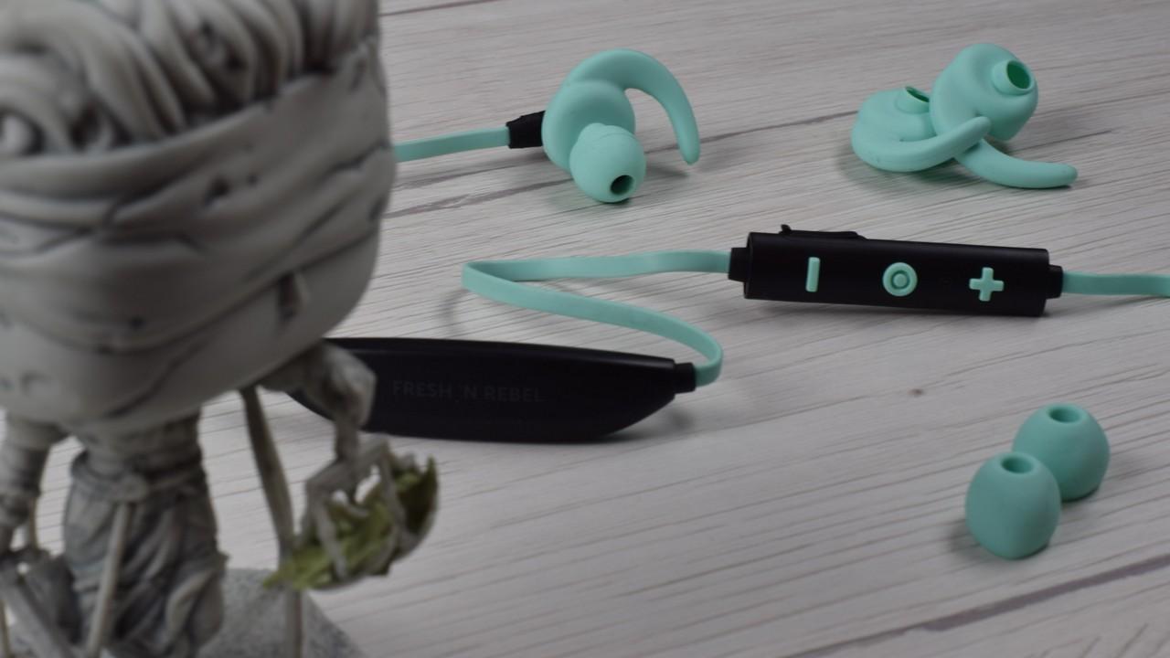 Fones de ouvido sem fio para esportes Fresh 'n Rebel Lace