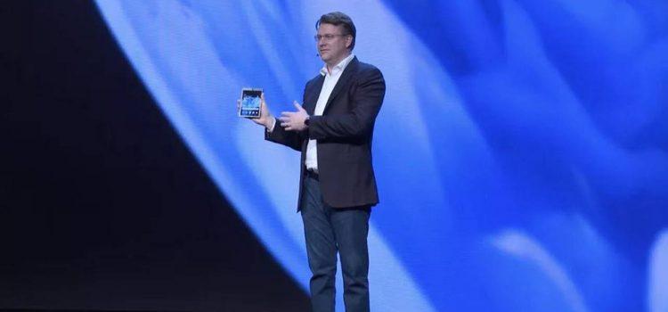 samsung galaxy fold smartphone pieghevole