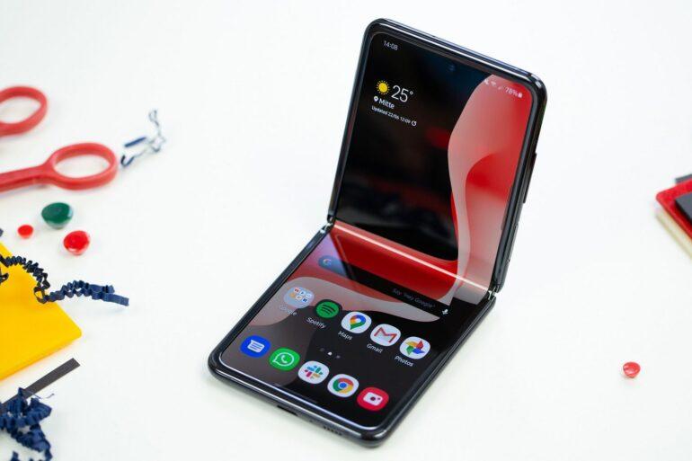 Samsung Galaxy Z Flip 5g Spezifikationen Löwenmaul 865 plus Leck