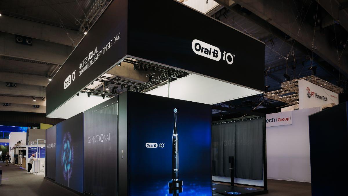 oral-b mobile world congress 2021 igiene orale spazzolino elettrico smart io 2